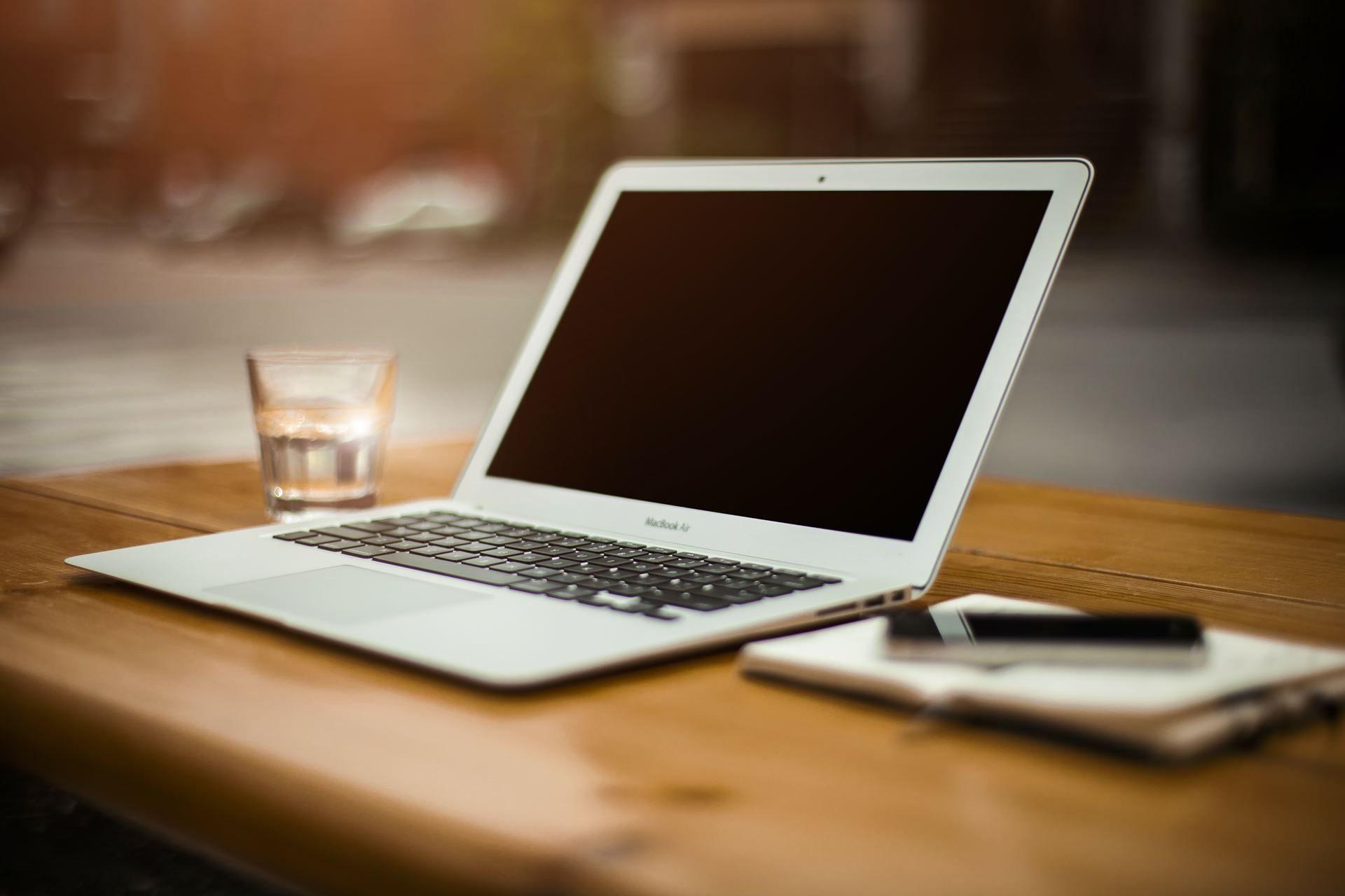 ホームページを自分で新規作成したい人必見‼制作の手順と制作後の活用方法
